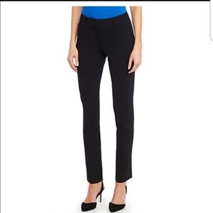 The Limited Signature Skinny pants